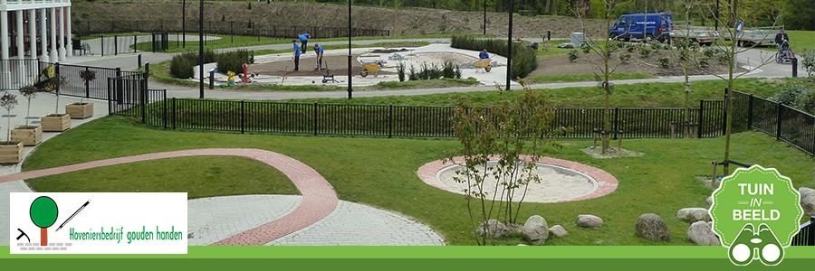 Rolstoel proof tuin aangelegd door Hoveniersbedrijf Gouden Handen