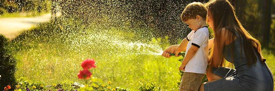 Tuin water geven, de droogte houdt aan